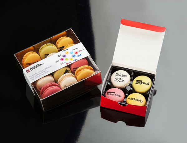 Box 4 or 12 Macarons