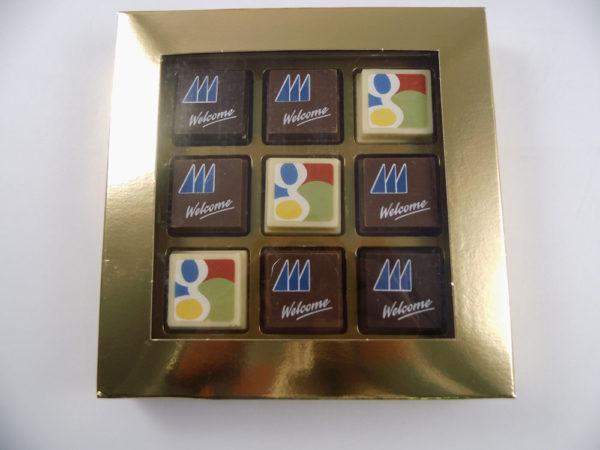 Premium printed pralines – 4 pcs in carton box with transparent window